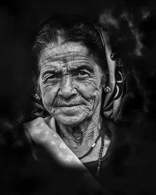 closeup photo of woman portrait